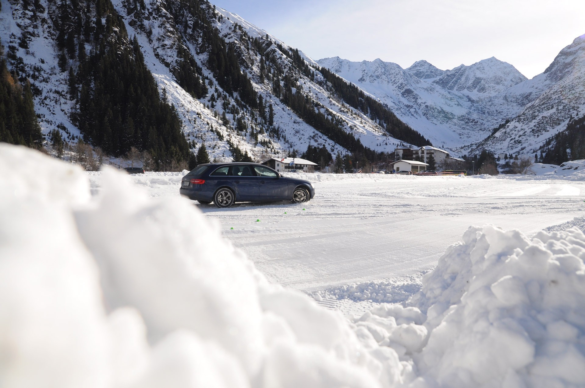 Alpine driving experience in Mandarfen in the Pitztal, Tyrol
