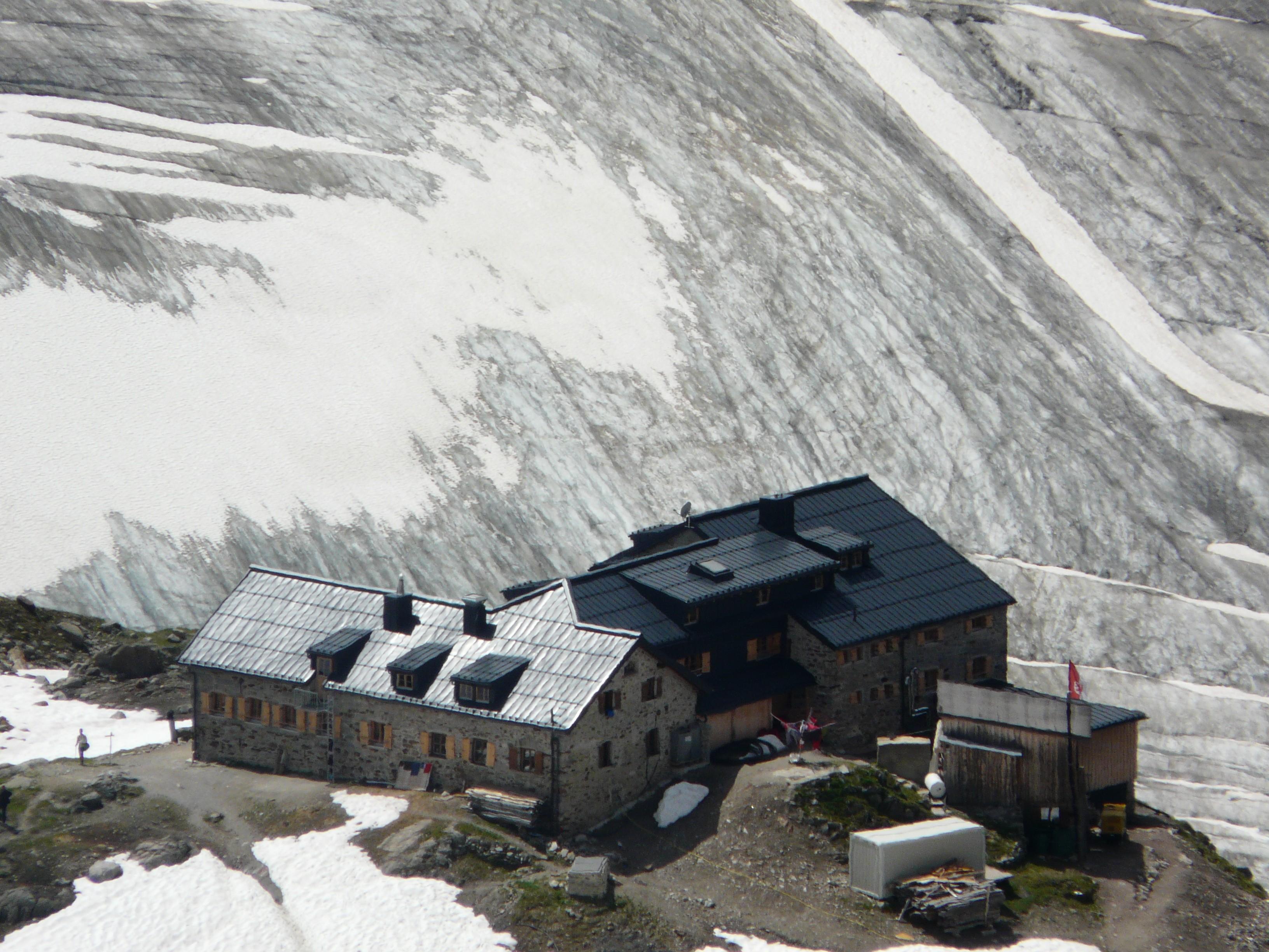 Braunschweiger Hütte und Mittelbergferner