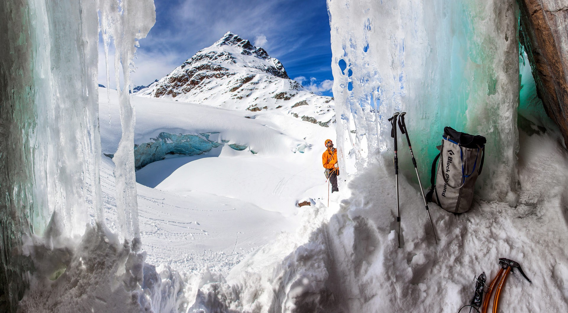Ice climbing in the ice world at Pitztaler Gletscher
