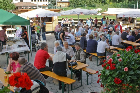 cozy athmosphere at day of local delicacies in Pitztal