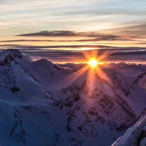 Winterhighlight: Tirols höchster Aperitif bei Sonnenuntergang