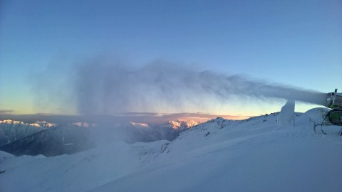 Snow safety in the Hochzeiger ski area