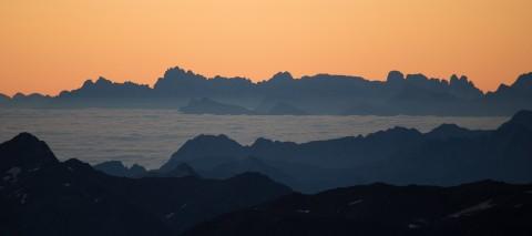 Tirols höchstes Frühstück im Café 3.440 am Pitztaler Gletscher Sunrise