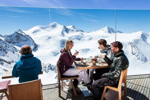 Österreichs höchste Konditorei im Café 3.440