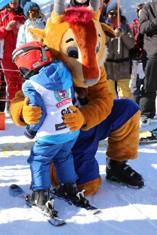 Kostenloser Skikurs für junge Skianfänger