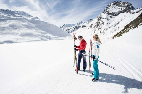 Cross-country skiing at Rifflsee