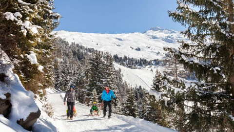 Rodeln am Hochzeiger in Tirol