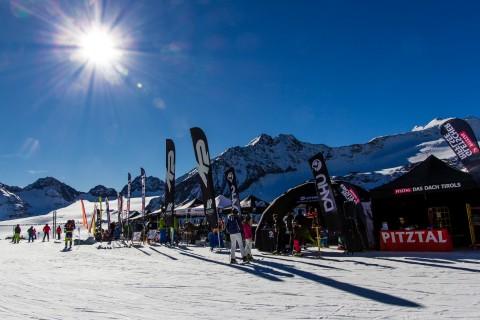 Gletscher Ski und Show Testival