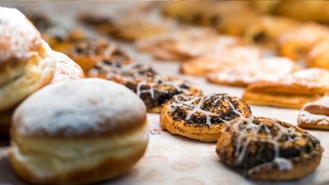 Zirbenbäckerei: Süße Backwaren