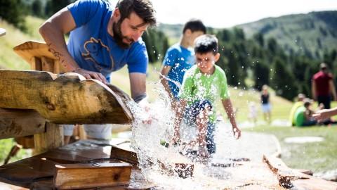 ZirbenWasser: Verschiedene Wasserelemente