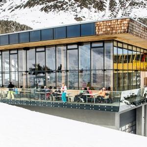 Bergstation Rifflsee mit Restaurant Sunna Alm