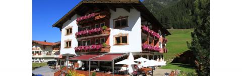 Grillabend mit Live Musik im Hotel Alpenhof