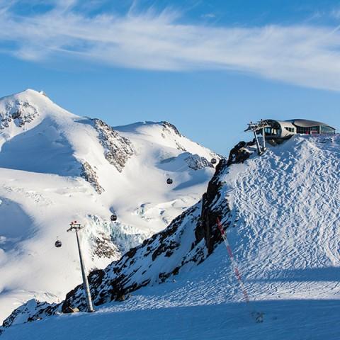 Tirols höchstes Kaffeehaus - Cafe 3.440 am hinteren Brunnenkogel