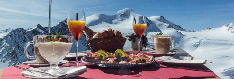 Tyrol's Highest Breakfast in Winter