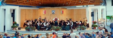 Platzkonzert der Musikkapelle Arzl