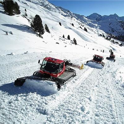 Vorbereitung Winterstart Hochzeiger Skigebiet